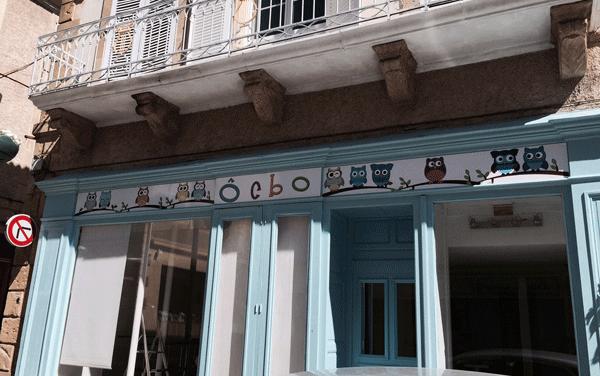 Panneau alu et adhesifs sur Facade de magasin à Mirande
